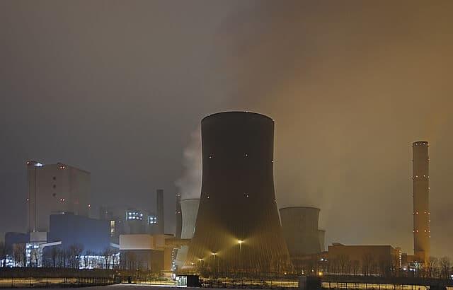 Stromkonzerne und Atomkraft