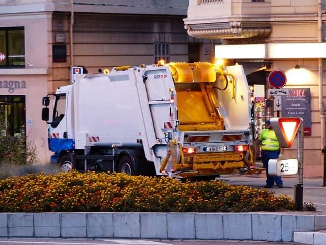 Bedingungsloses Grundeinkommen — kein Fall für den Müll