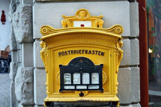 Historischer E-Mail Verteiler