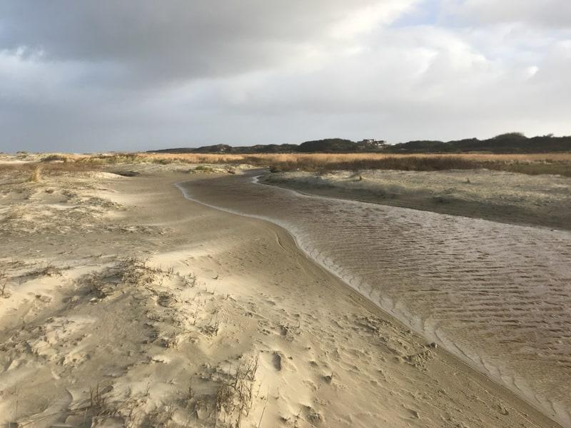 Ostfriesenkrimis wie Samd am Meer