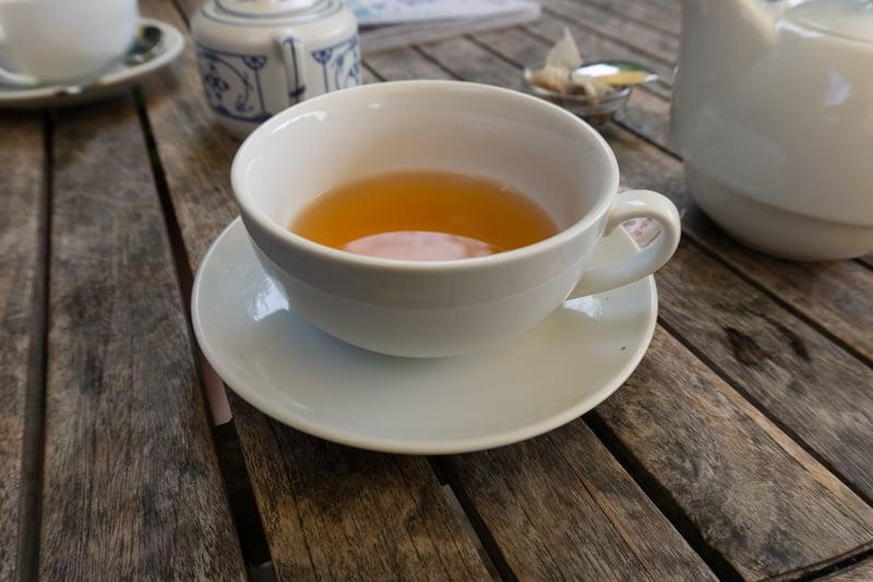 Säbelrasseln und Tee trinken